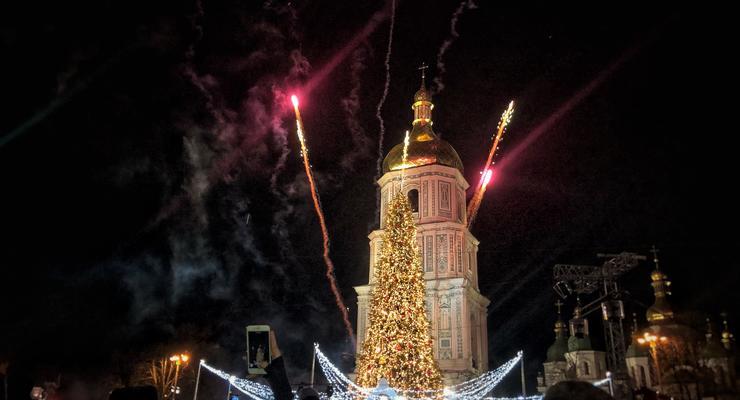 Из-за праздников в Киеве разрешат парковаться с нарушениями - список улиц