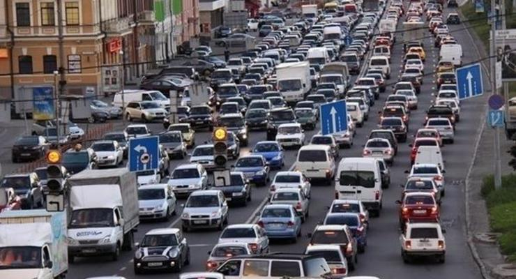В Киеве почти за 30 лет впервые измерят объем трафика на дороге