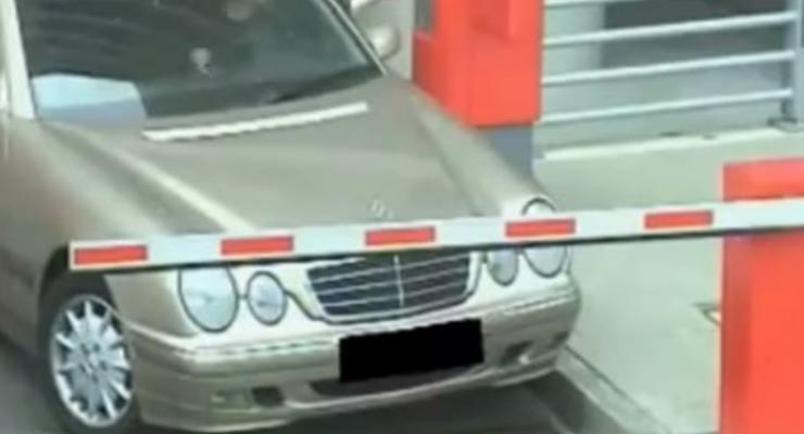 Видео фейлов на парковке: Пятничная автоподборка #47