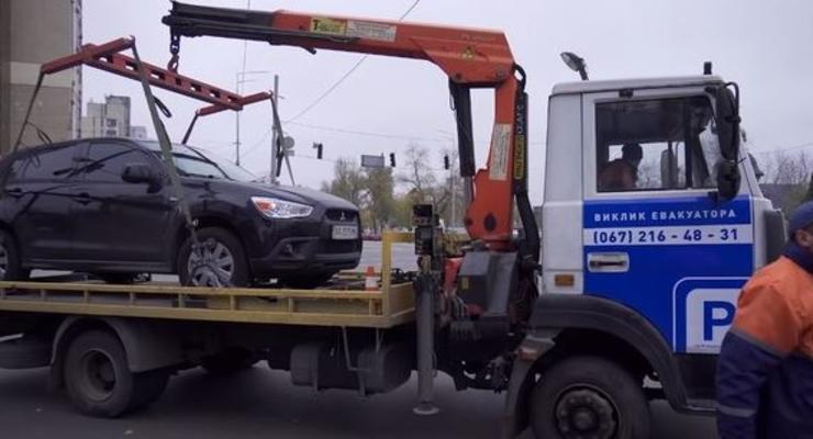 За какие нарушения эвакуируют автомобили - список правил