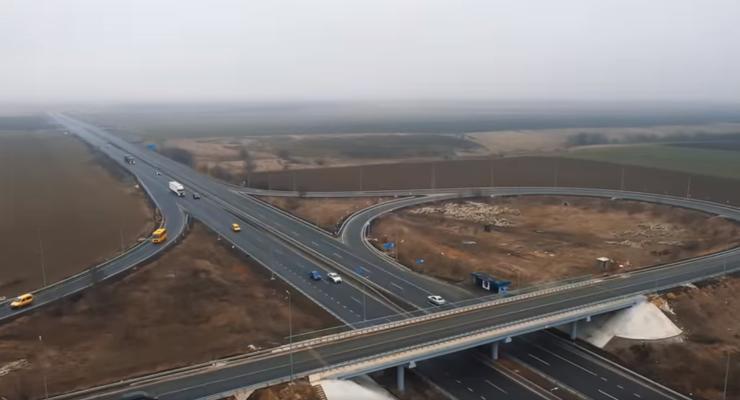 Дороги Одесса-Херсон и Львов-Умань хотят расширить до 4 полос: Готовится обоснование