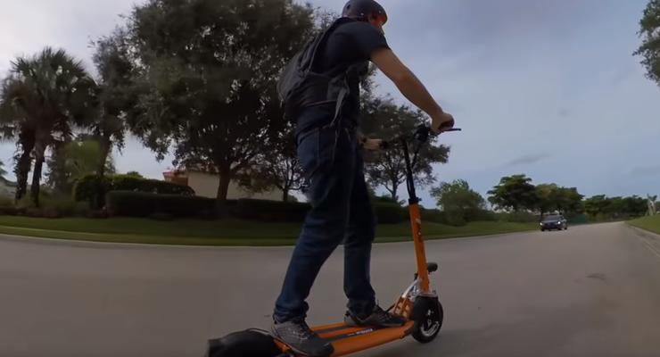 Хозяев гироскутеров приравняют к участникам дорожного движения: Законопроект