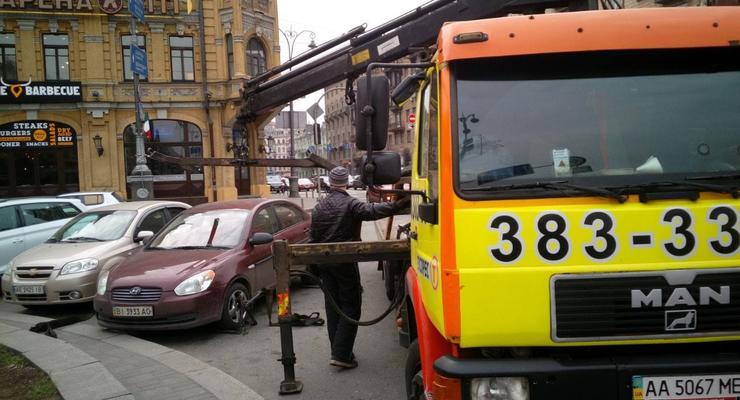Эвакуация автомобилей с улиц в столице будет продолжена