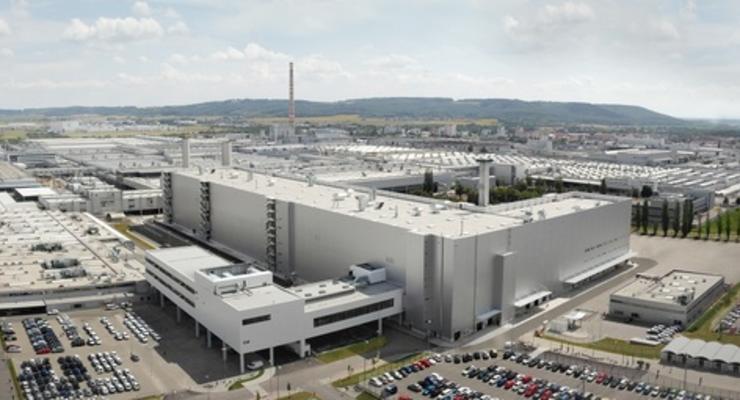 Из-за коронавируса в Чехии закрылись заводы Skoda