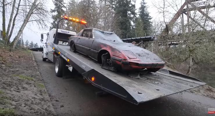 В США на дне реки нашли автомобили, которые сейчас считаются классикой: Видео