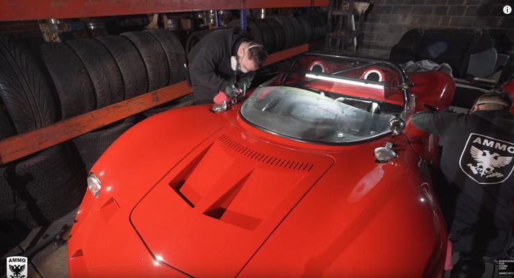 Секретную коллекцию из 300 раритетных автомобилей показали на видео