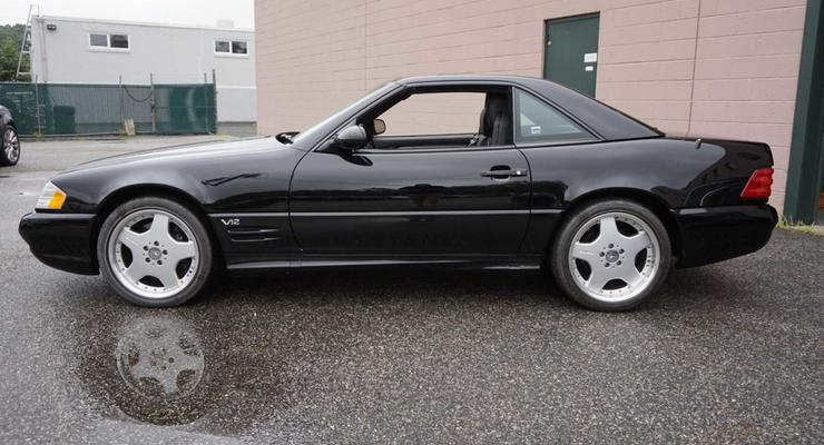 """За """"сироту"""" Mercedes-Benz SL600 в США попросили 135 тыс $"""