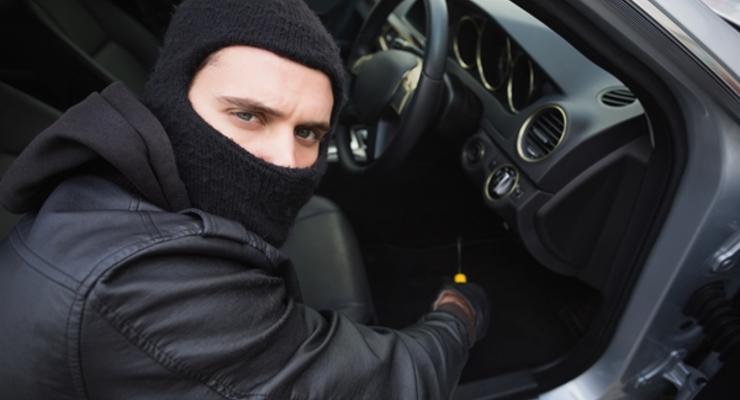 Как обезопасить авто от угона