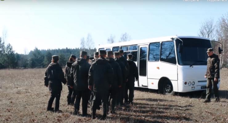 В Нацгвардии представили автобус для оказания психологической помощи