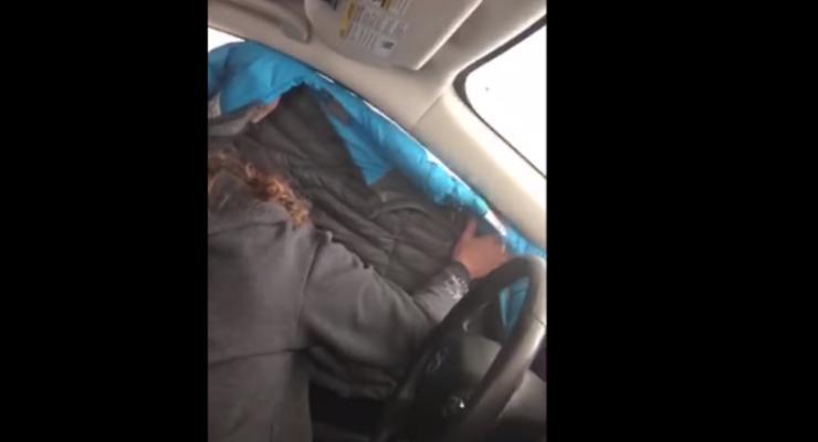 Семья из США заехала на мойку и искупалась вместе с авто