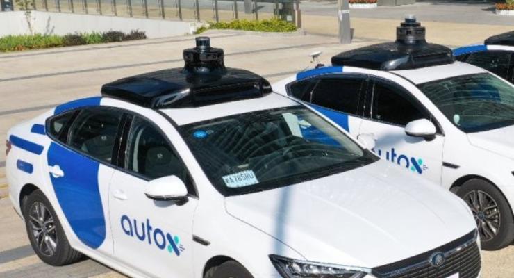 В Шанхае запустят беспилотную службу такси
