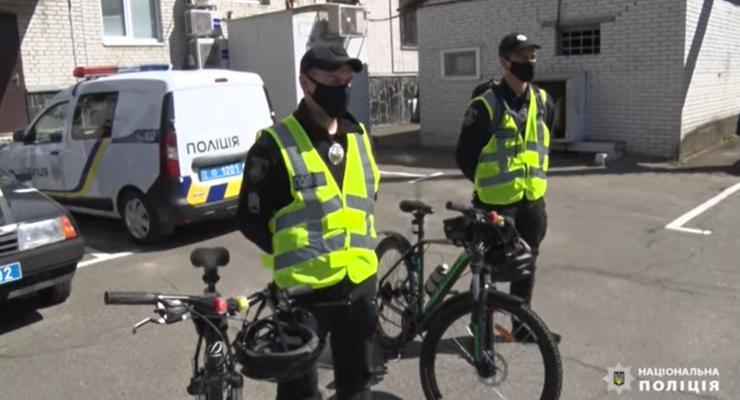 На Киевщине начали работу полицейские на велосипедах