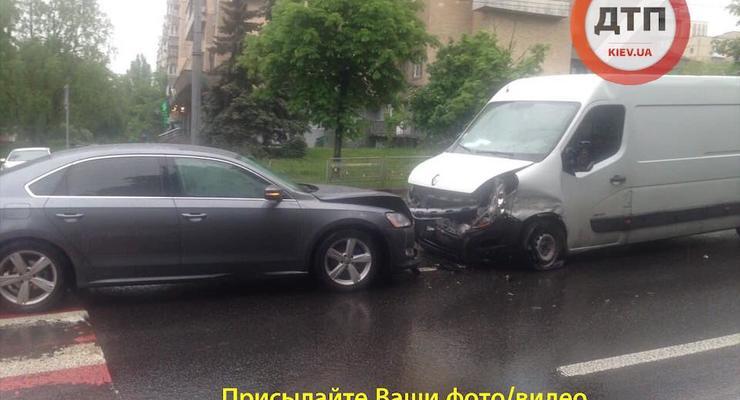 ДТП в Киеве и области: Сводка за 14 мая