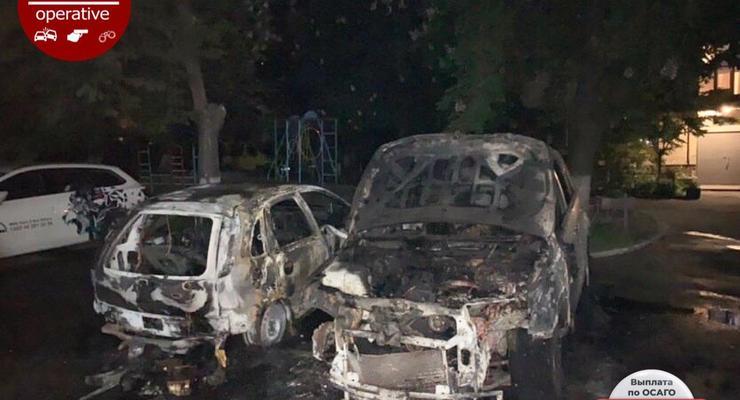 В Киеве сгорело две иномарки из-за неисправного ГБО