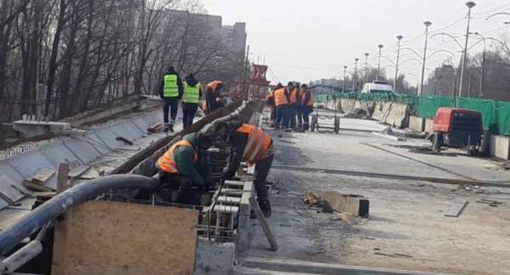 """В """"Киевавтодоре"""" отчитались по тратам на содержание дорог зимой"""