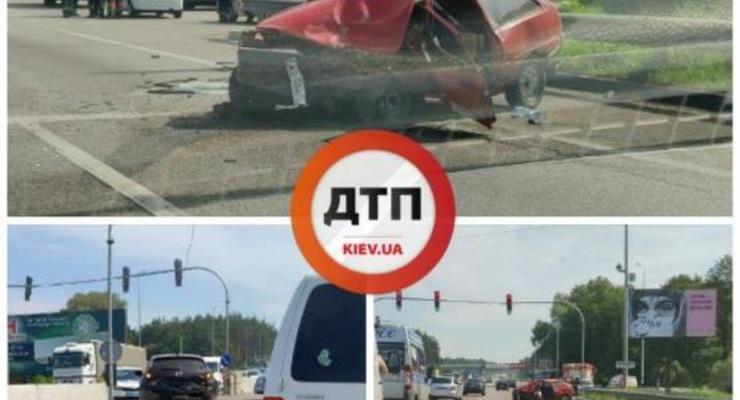 На Киевщине Таврия врезалась в Nissan: Погиб водитель