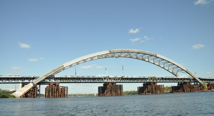 """""""Нокаут от Кличко"""": Подольско-Воскресенский мост продолжат строить вопреки протестам"""
