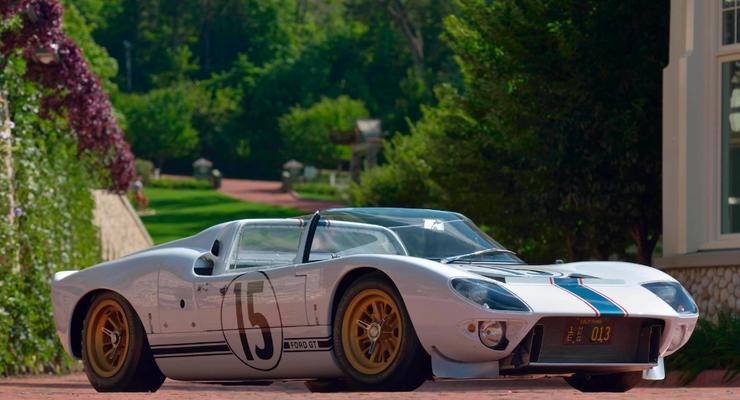 "Старый ""друг"" дороже трех Bugatti Chiron: В США продают раритетный Ford"