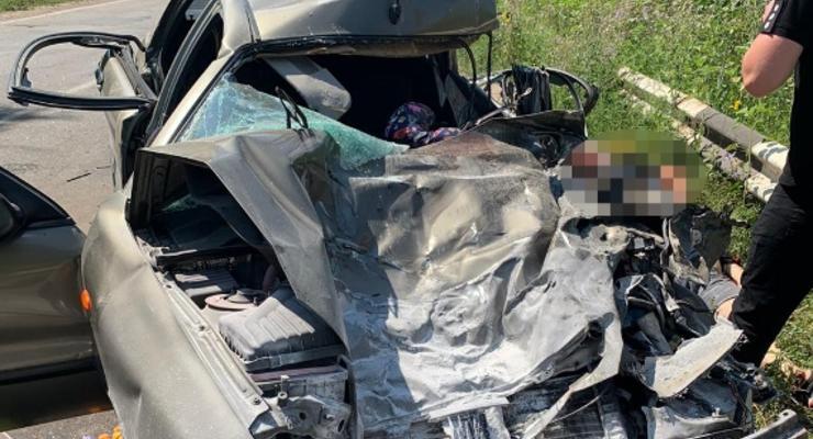 Нацгвардеец на КРАЗе стал виновником ДТП: Погиб ребенок и водитель