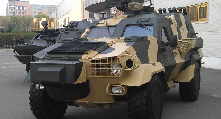 ВСУ получили в работу броневик Дозор-Б
