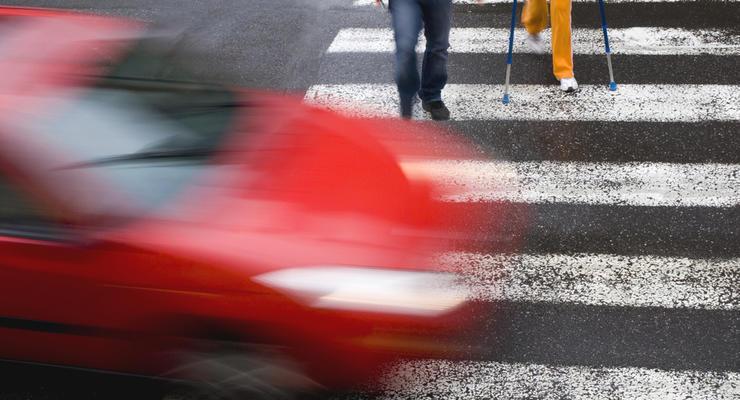 Когда водитель не должен пропускать пешехода: что сказано в ПДД