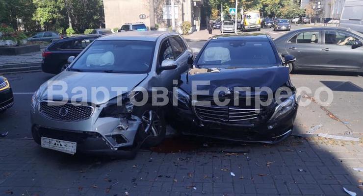 Сын Нестора Шуфрича попал в ДТП в центре Киева - СМИ