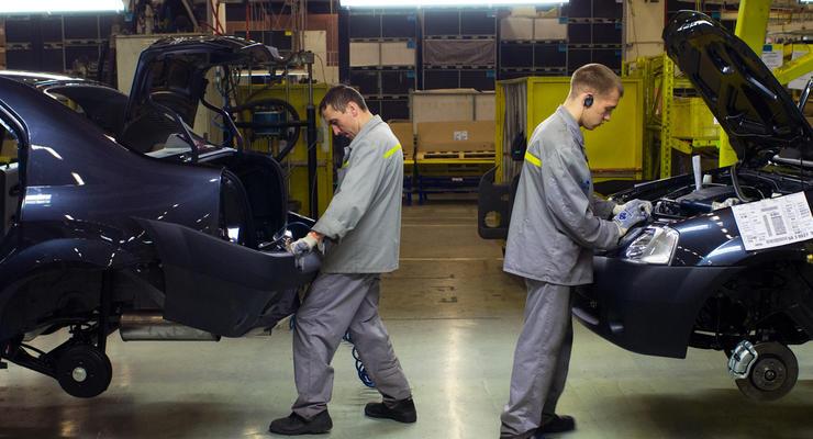 За август в Украине выпустили всего 120 машин: статистика