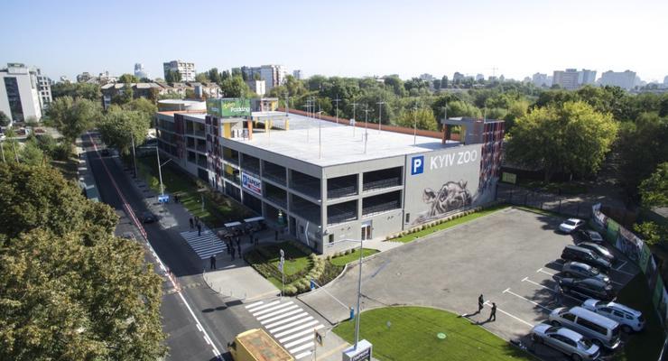 В Киеве заработал новый многоэтажный паркинг: видео
