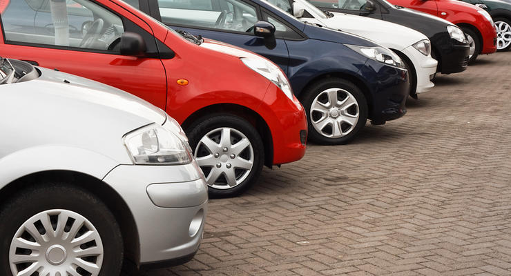 Назван средний возраст автомобилей в Украине: цифра вас удивит