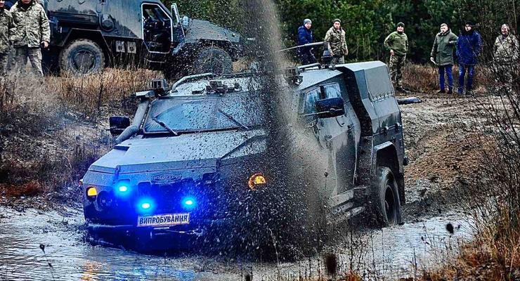Украинский бронеавтомобиль оснастили новым вооружением: подробности