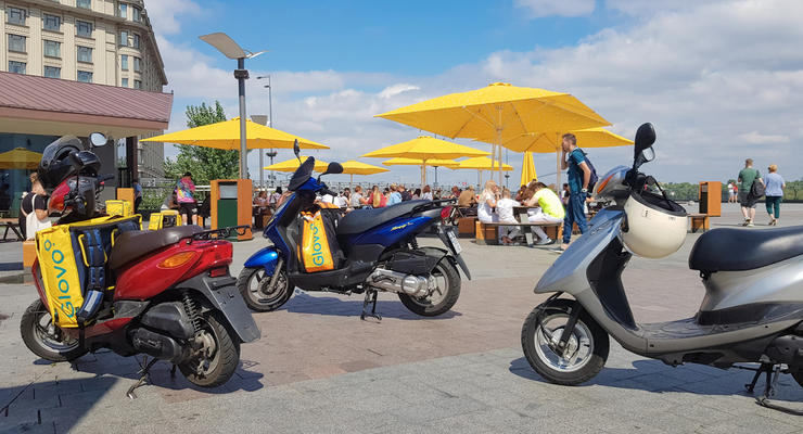 Нужны ли водителю скутера техпаспорт и права: что говорит закон
