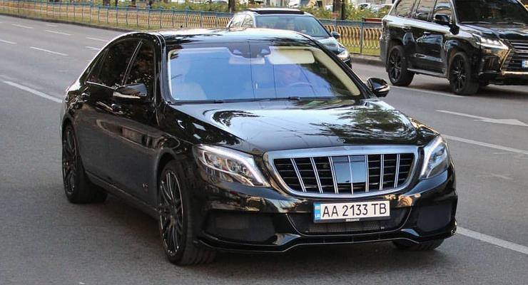В Киеве был замечен уникальный Mercedes в обвесе от Brabus
