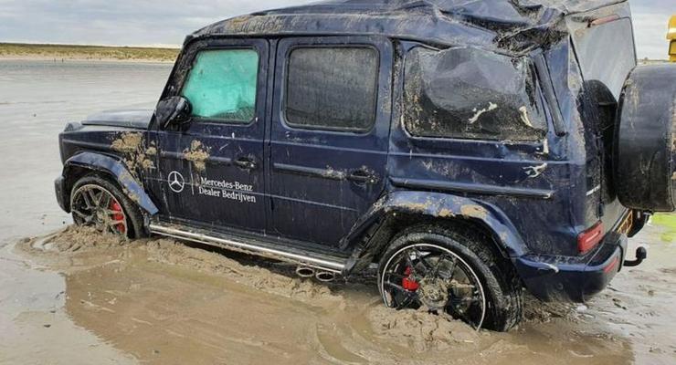 Уронили Гелик на бок: Видео эпичной аварии на пляже