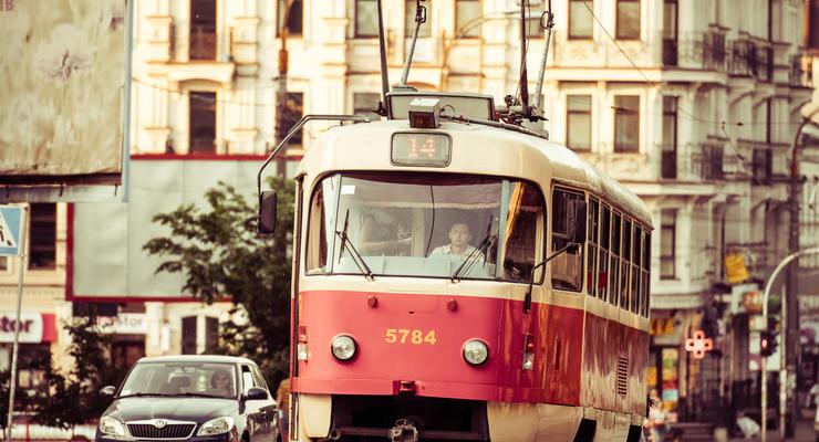 Как проезжать трамвайные пути в Украине: Основы ПДД