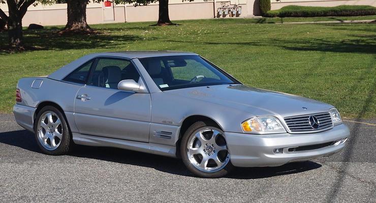 20-летний Mercedes продают почти за 100 000 долларов: что известно