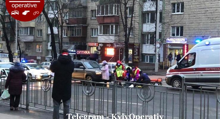 Hyundai сбил женщину на пешеходном переходе: подробности ДТП