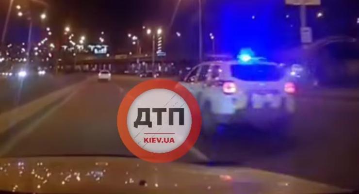 Мгновенная карма от полиции на украинских дорогах: видео