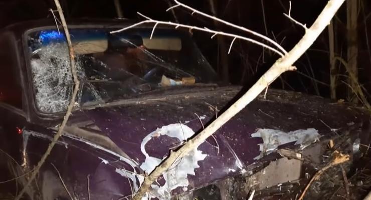 В Запорожской области мужчину переехало два авто подряд: видео