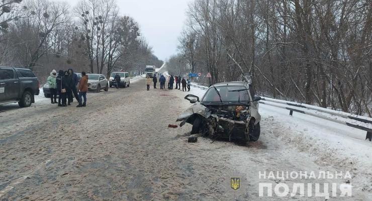 Смертельный снегопад: двое погибших из-за непогоды под Харьковом