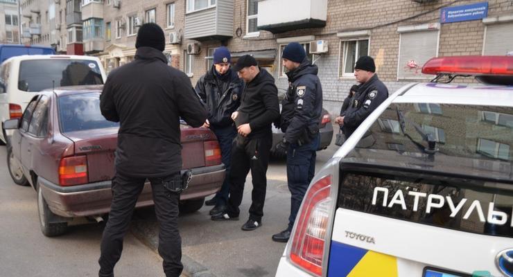 Когда полицейские могут обыскивать автомобиль: что сказано в законе