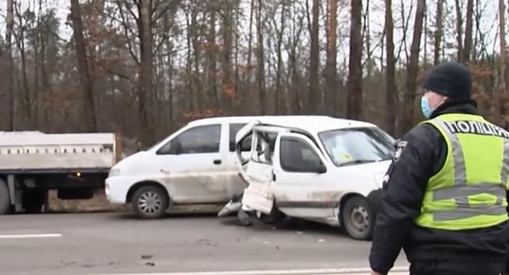 В Киеве авария стала причиной тройного ДТП: подробности инцидента