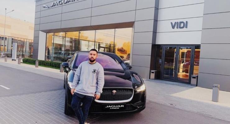 Автопарк на $500 000 и коллекционные авто: чем владеют украинские звезды