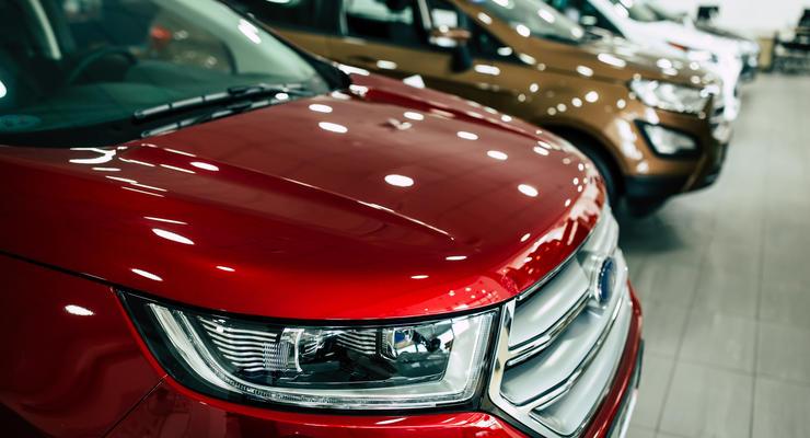 Эксперты назвали лучшие марки машин: Audi против Mercedes