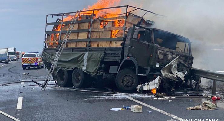 Смертельная авария с военным грузовиком под Хмельницким: подробности