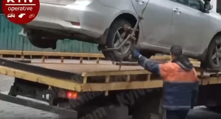 Подборка забавных инцидентов с украинских дорог: видео
