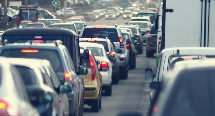 Киев побил рекорд по количеству автомобилей в Украине: статистика