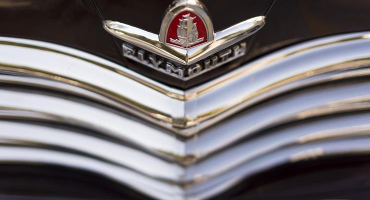 Все марки машин: фото значков и названия (первая часть)