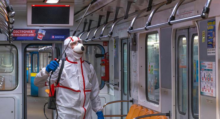 Как дезинфицируют общественный транспорт Киева: фото