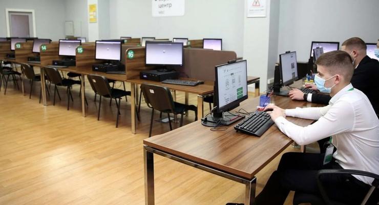В Украине изменили порядок выдачи прав: студенты не могут сдать экзамен