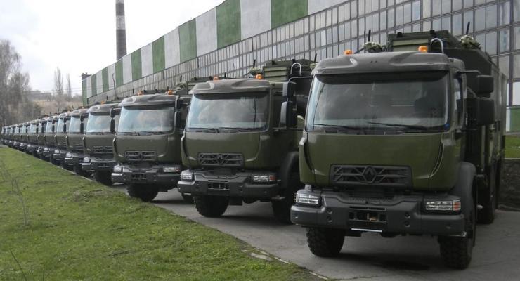 ВСУ закупили новые грузовики для связистов: первые фото